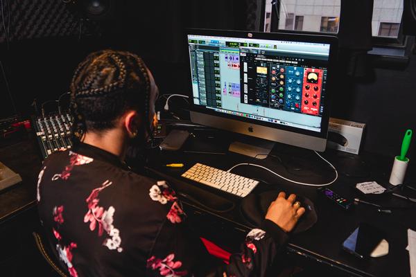 Studio710 - Audio2-web